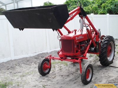 1948 farmall cub loader bucket raised