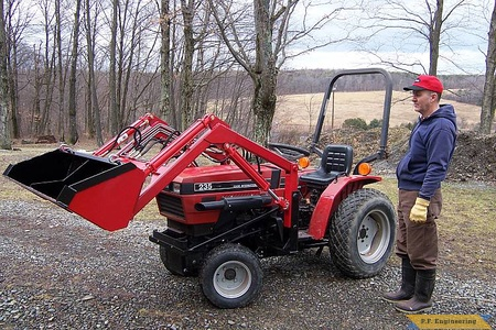 Case International 235 compact tractor loader_1