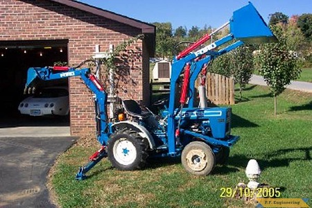 Ford 1100 compact tractor loader_1