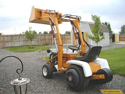 Gilson 16 HP garden tractor front end loader_3