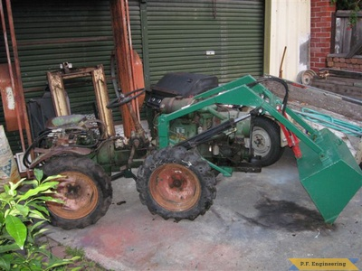 Holder articulated tractor_2