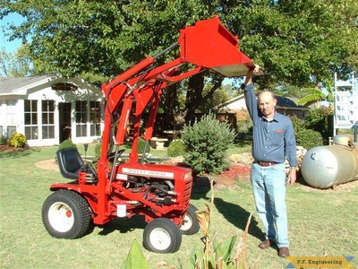 Wheel Horse 16 HP garden tractor loader_1