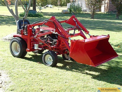 Wheel Horse 16 HP garden tractor loader _3