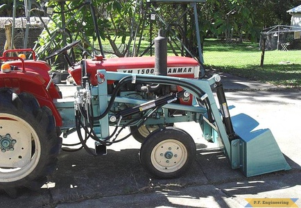 Yanmar YM1500 compact tractor loader_1