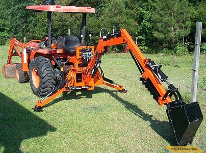 Kubota L3410 compact tractor Micro Hoe_1